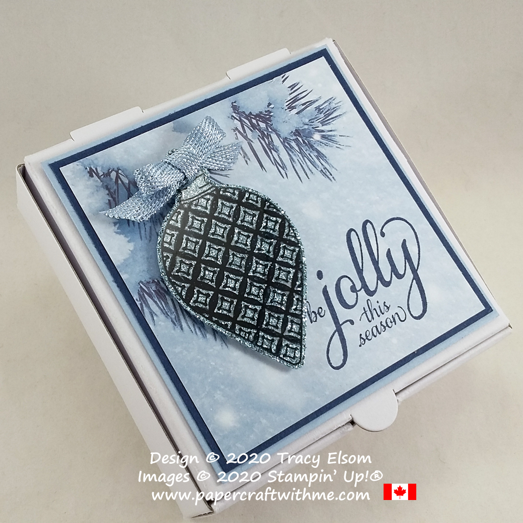Mini Pizza Box decorated using the Feels Like Frost Paper with Christmas Gleaming Stamp Set and coordinating Gleaming Ornaments Punch from Stampin' Up! #papercraftwithme
