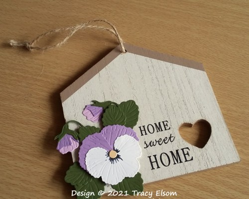 FP30 Home Sweet Home Pansy Plaque