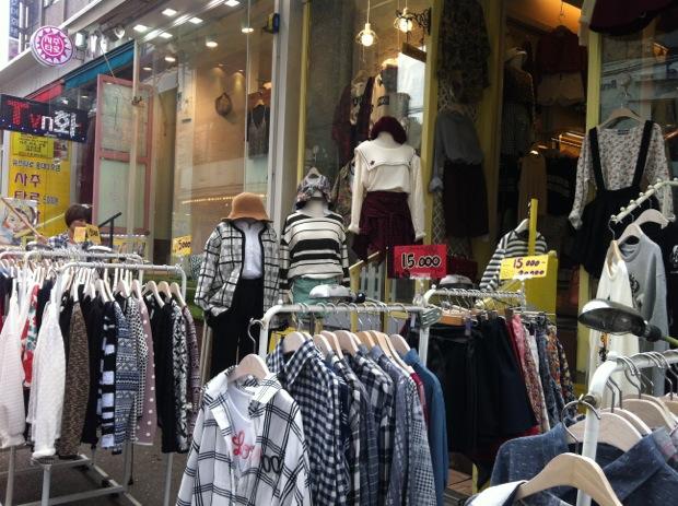 Shopping in Hongdae, Seoul