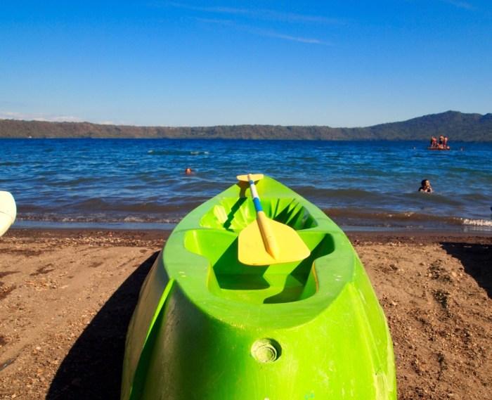 Kayak Paddle Board Laguna de Apoyo Nicaragu