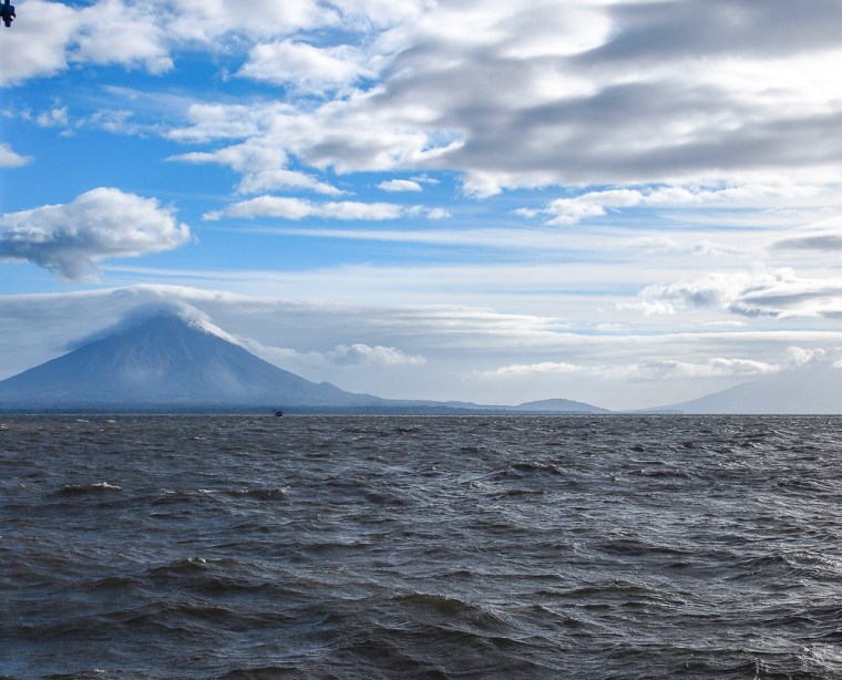 Ferry Ometepe