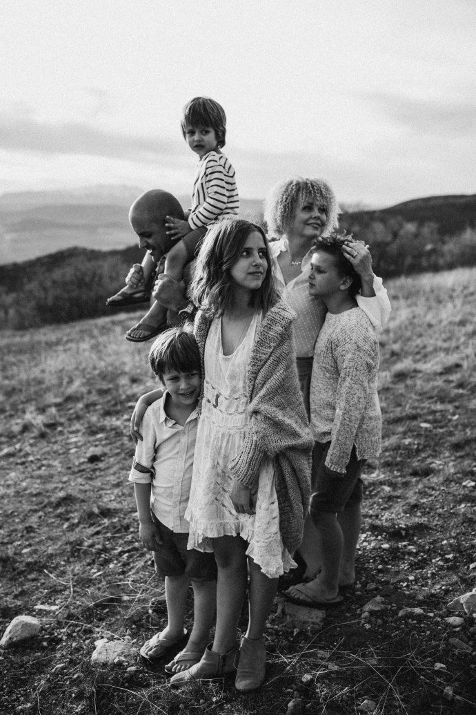 family photography | ©The Paper Deer Photography | thepaperdeer.ca, Unraveled Retreat, Alberta Family Photographer, Banff Family Photographer