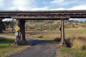 1387439_wooden_bridge