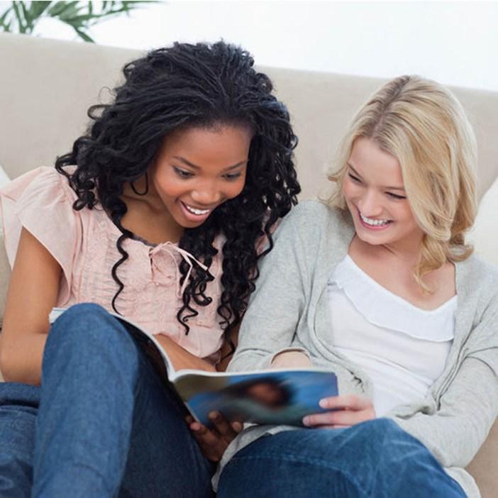 Women+Reading+Magazine