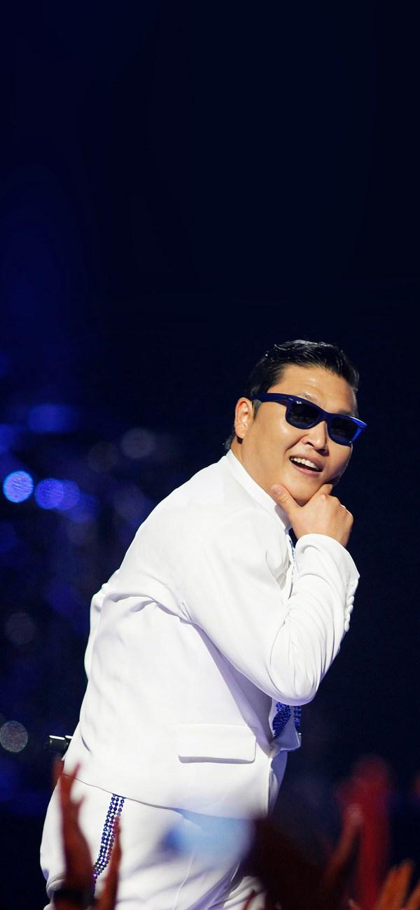 Ha21-psy-proud-dance-music-face