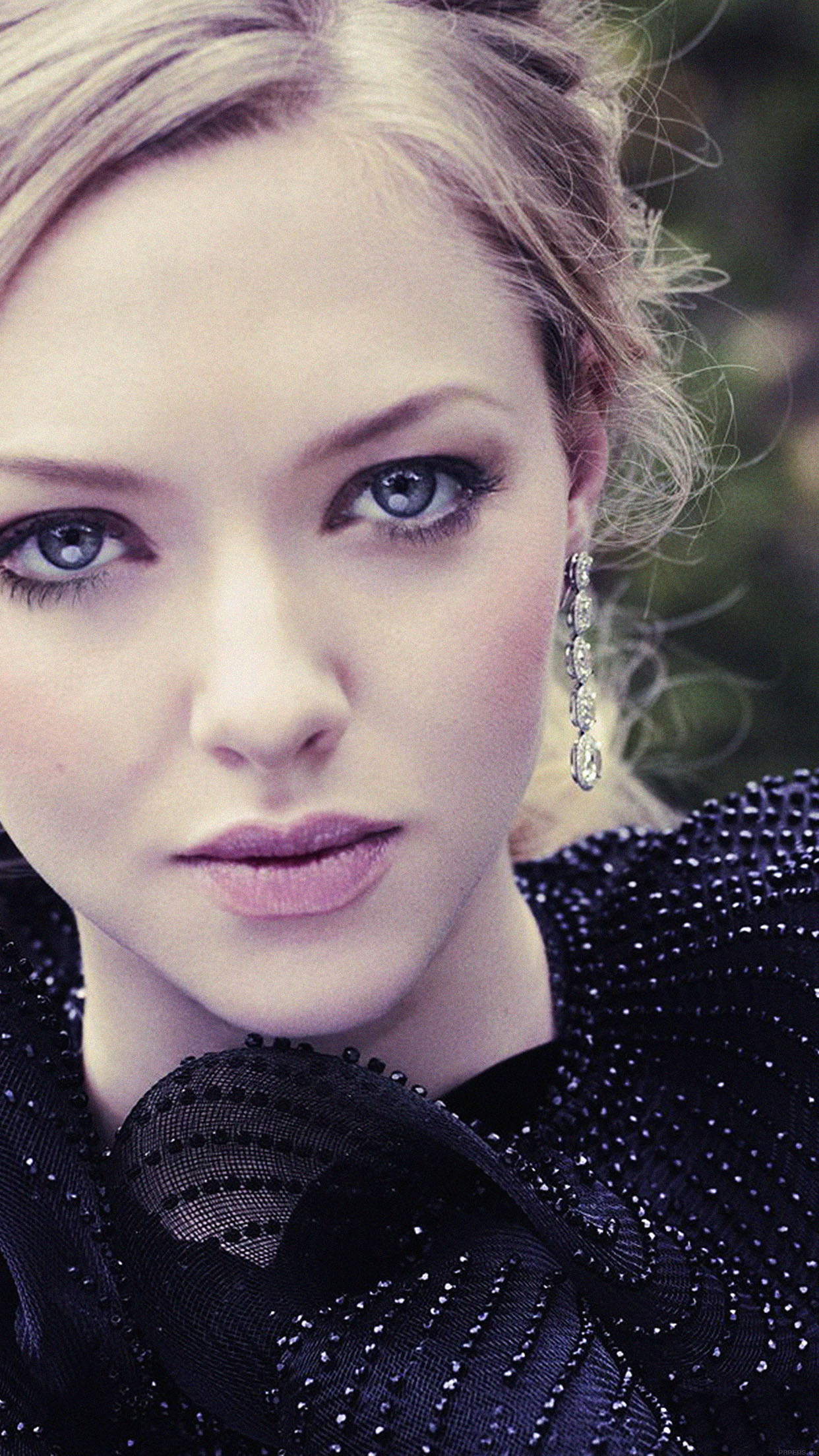 Car Wallpaper Hd  Hb43 Wallpaper Amanda Seyfried Film Actress Girl Wallpaper