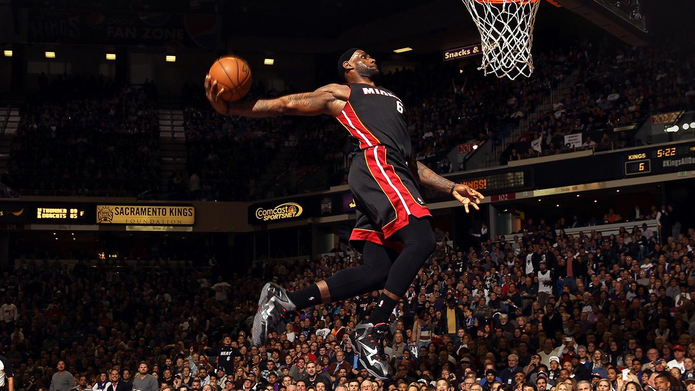 He99 Lebron James Dunk Nba Sports Art Basketball