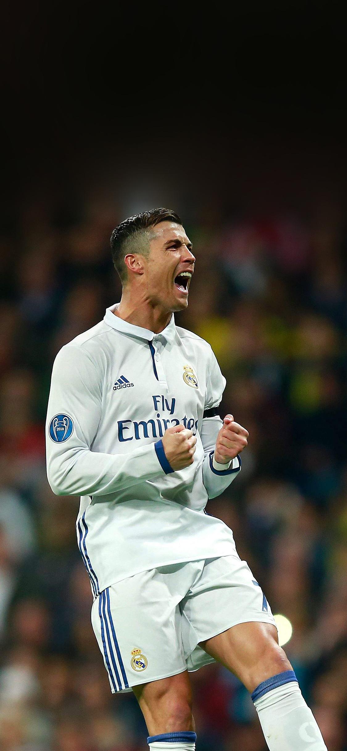 Real Madrid Iphone 4 Wallpaper Hm22 C Ronaldo Soccer Real Madrid Sports Wallpaper