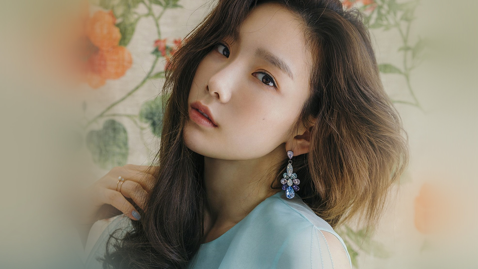 Simple Girl Wallpaper Com Hm37 Kpop Snsd Taeyeon Flower Girl Wallpaper