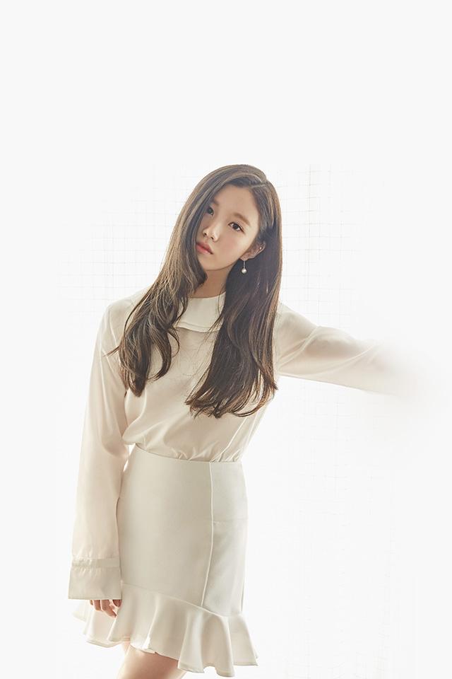 Kawaii Iphone 4 Wallpaper Hn16 Girl White Cute Asian Kpop Wallpaper