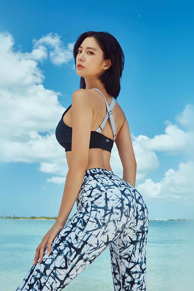 Cute Small Girl Wallpaper Ho94 Girl Kpop Sea Beach Sexy Wallpaper