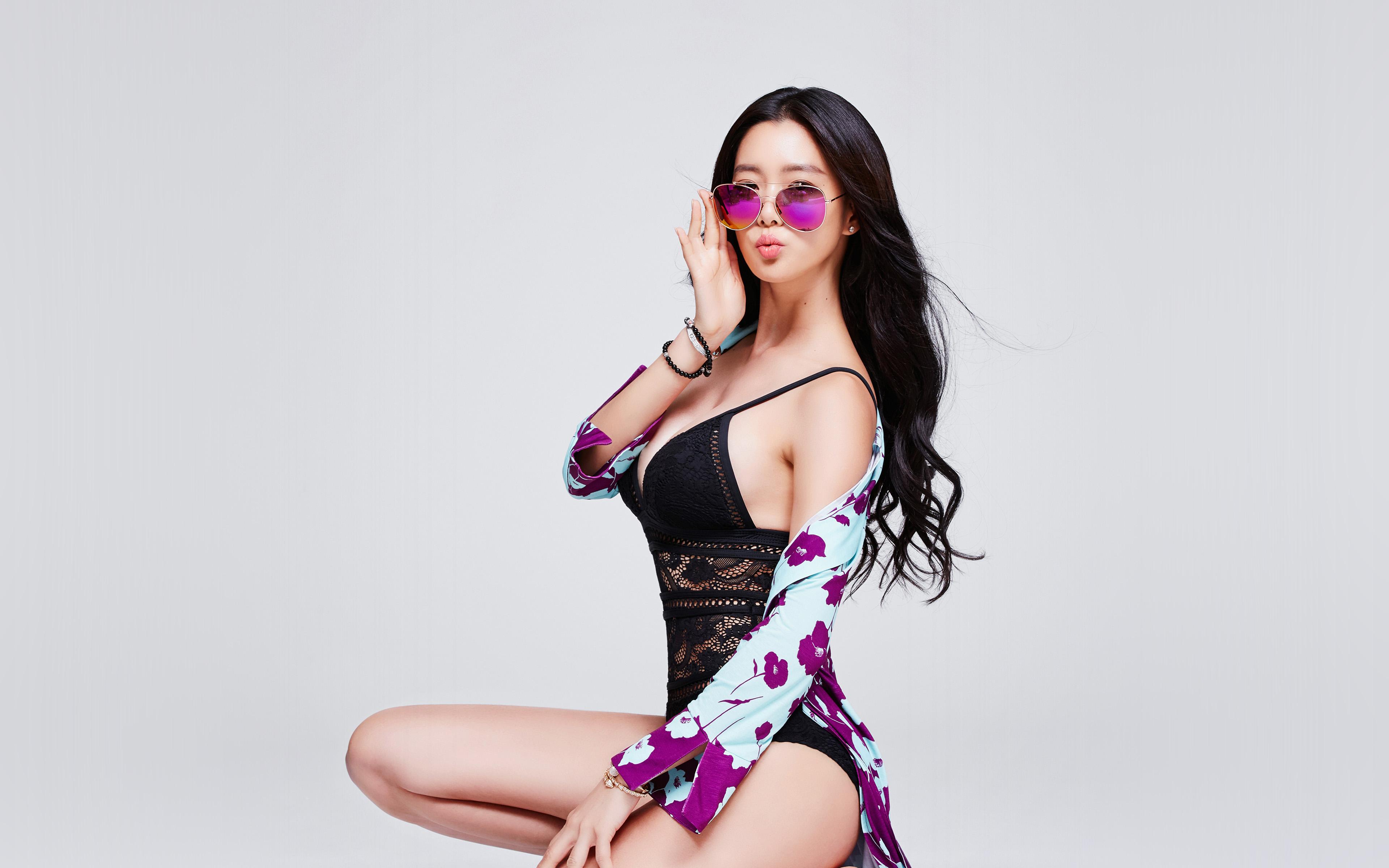 Free Fall Flower Desktop Wallpaper Hq00 Girl Sexy Bikini Kpop Asian Summer Wallpaper
