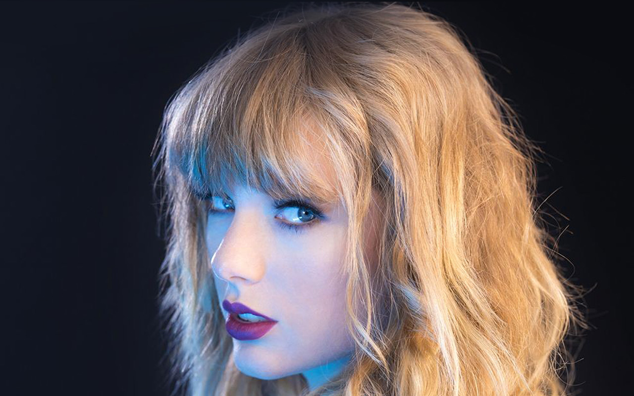 Cute Wallpapers For Macbook Pro Hq22 Taylor Swift Blue Sexy Singer Wallpaper
