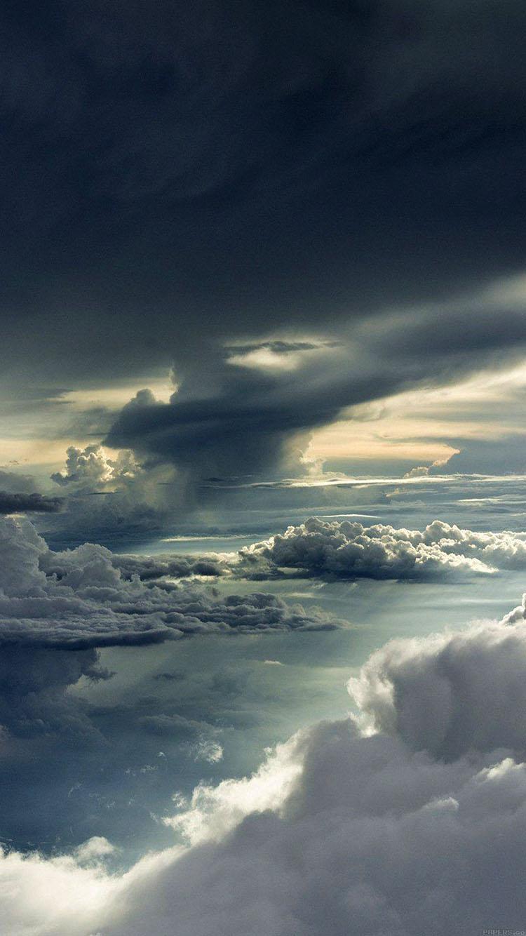 Wallpaper For Iphone X Hd Mc83 Wallpaper Between Storm Clouds Sky Wallpaper