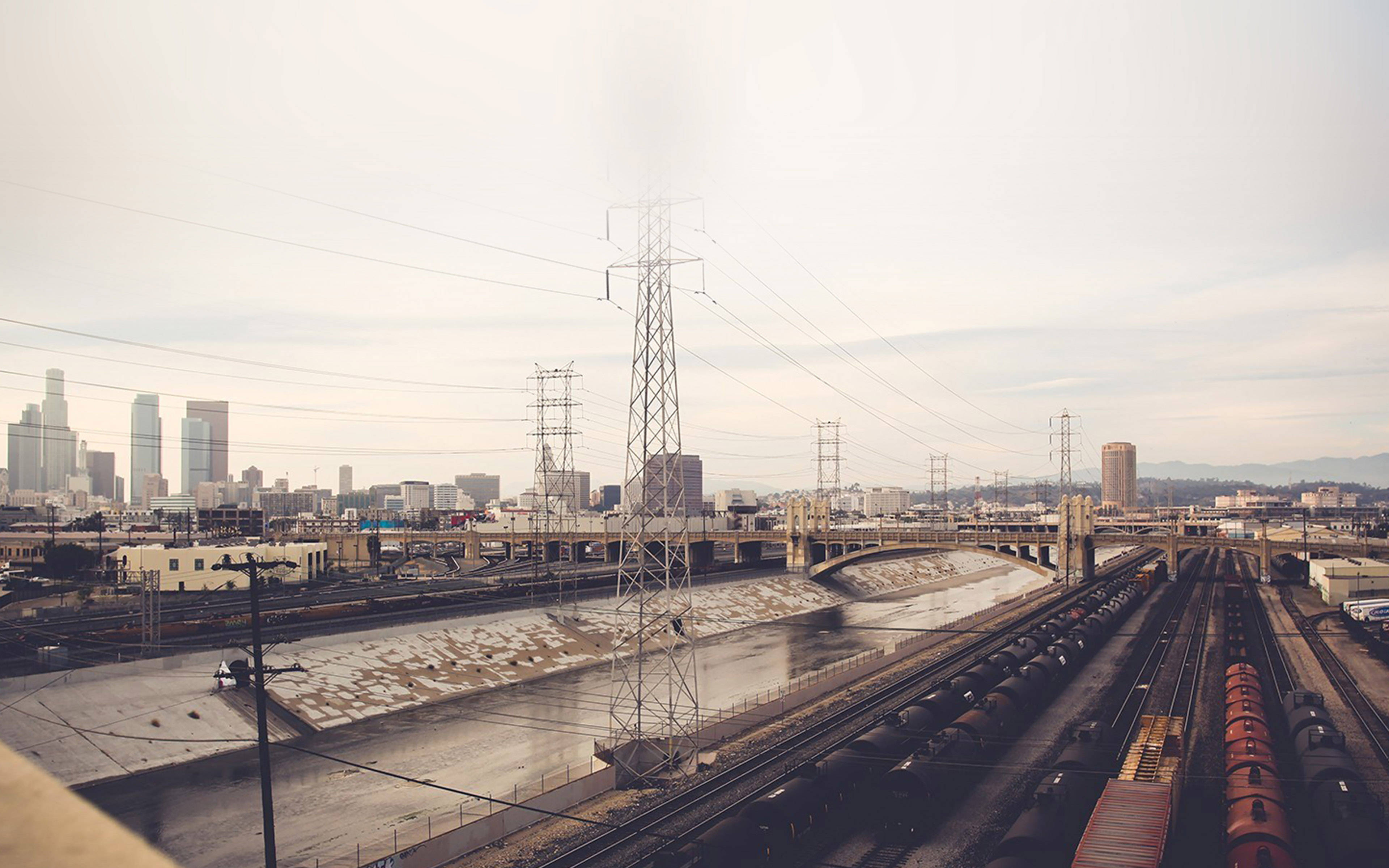 Cute Rain Hd Wallpapers Mi00 Los Angeles Railroad Station City Papers Co