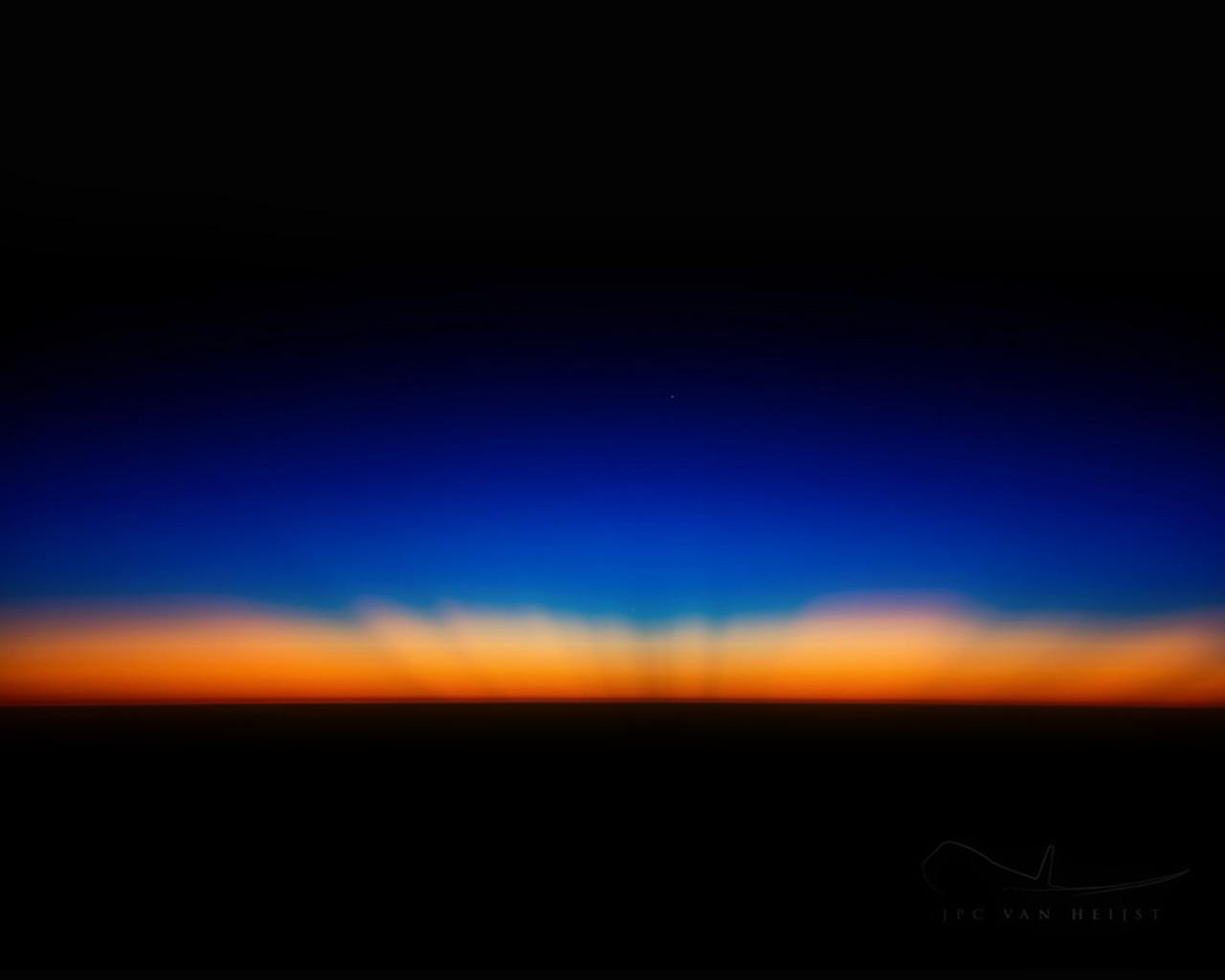 Fall City Wallpaper Hd Sk35 Sunset Dark Red Blue Horizontal Blur Gradation Wallpaper