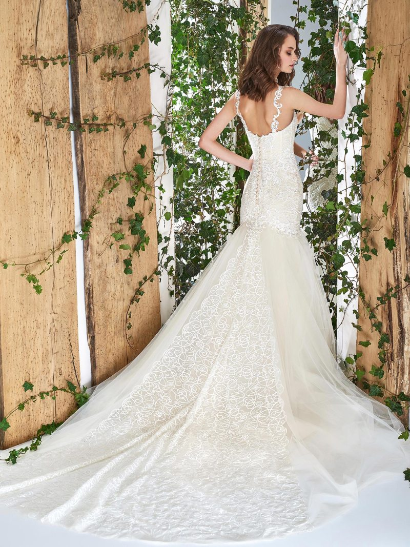 1806L-wedding-dress-back