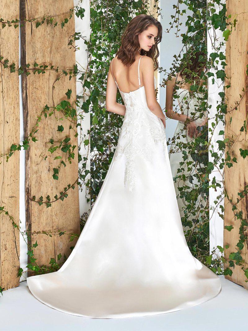1822L-wedding-dress-back