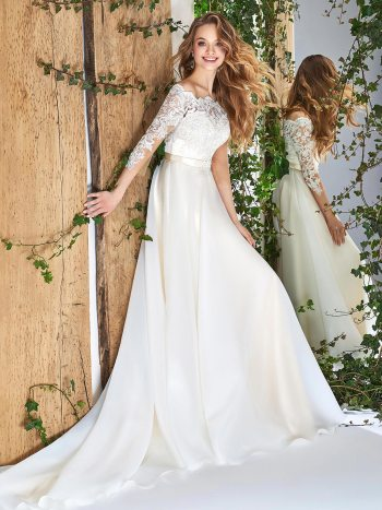 Off-the-shoulder A-line wedding dress with scalloped neckline