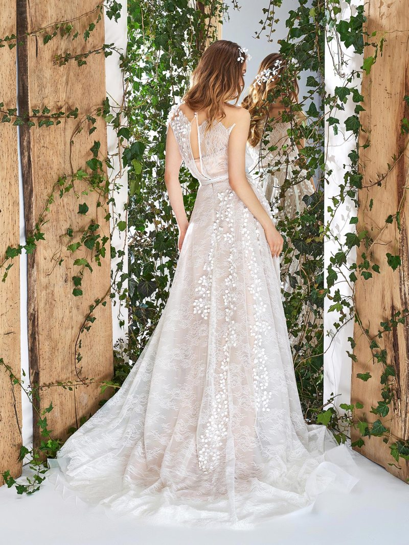 1839L-wedding-dress-back