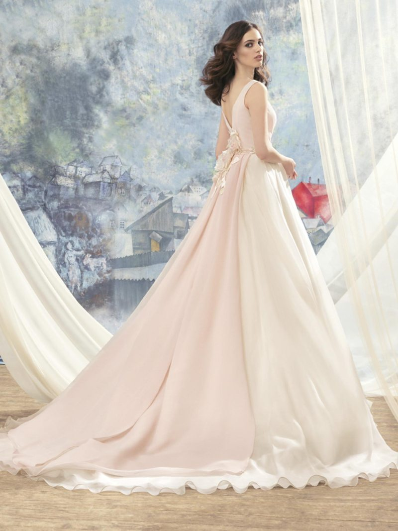 1713L-Wedding-dress back