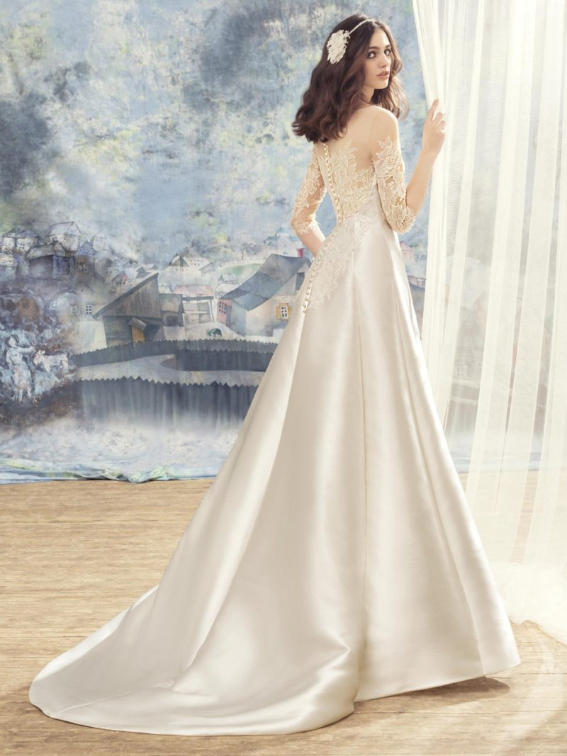 1714LL-Wedding-dress-back