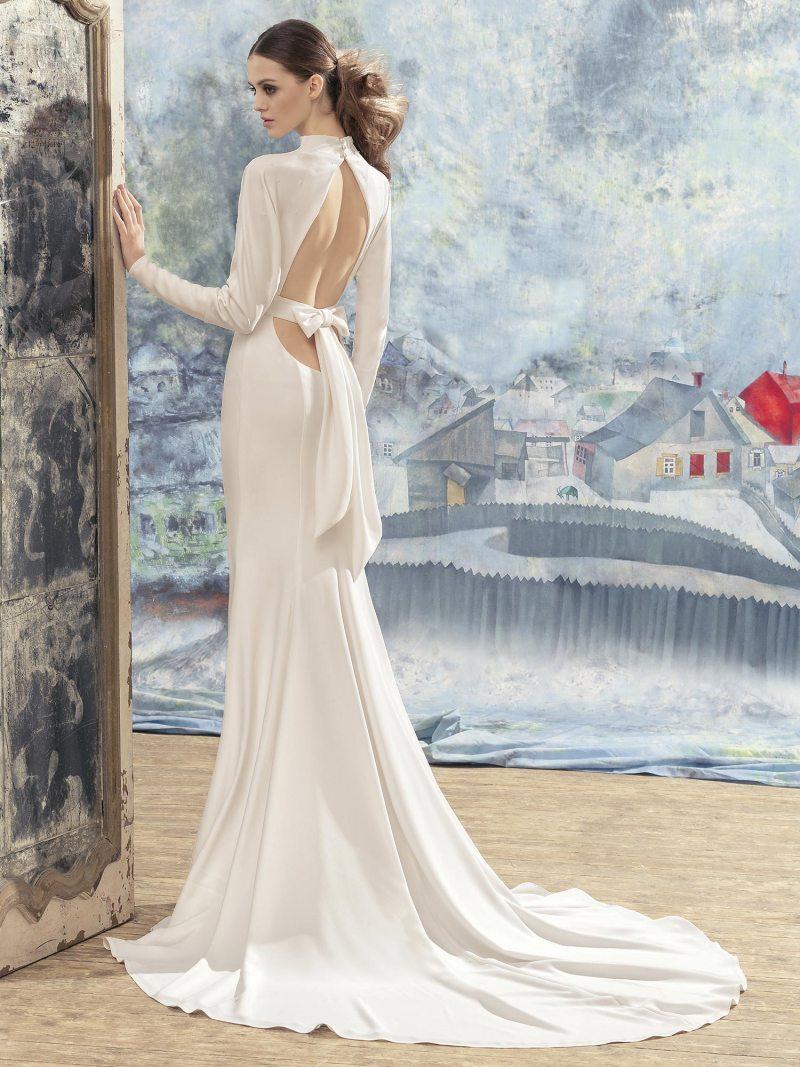 1733L-Wedding-dress-back