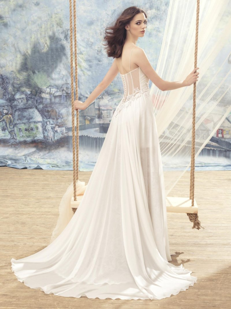 1735L-Wedding-dress-back