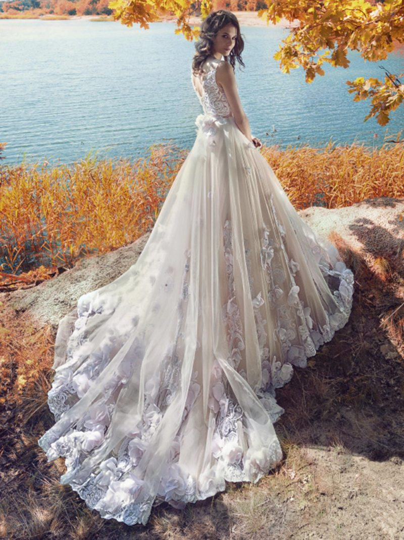 1751L-Wedding-dress-back