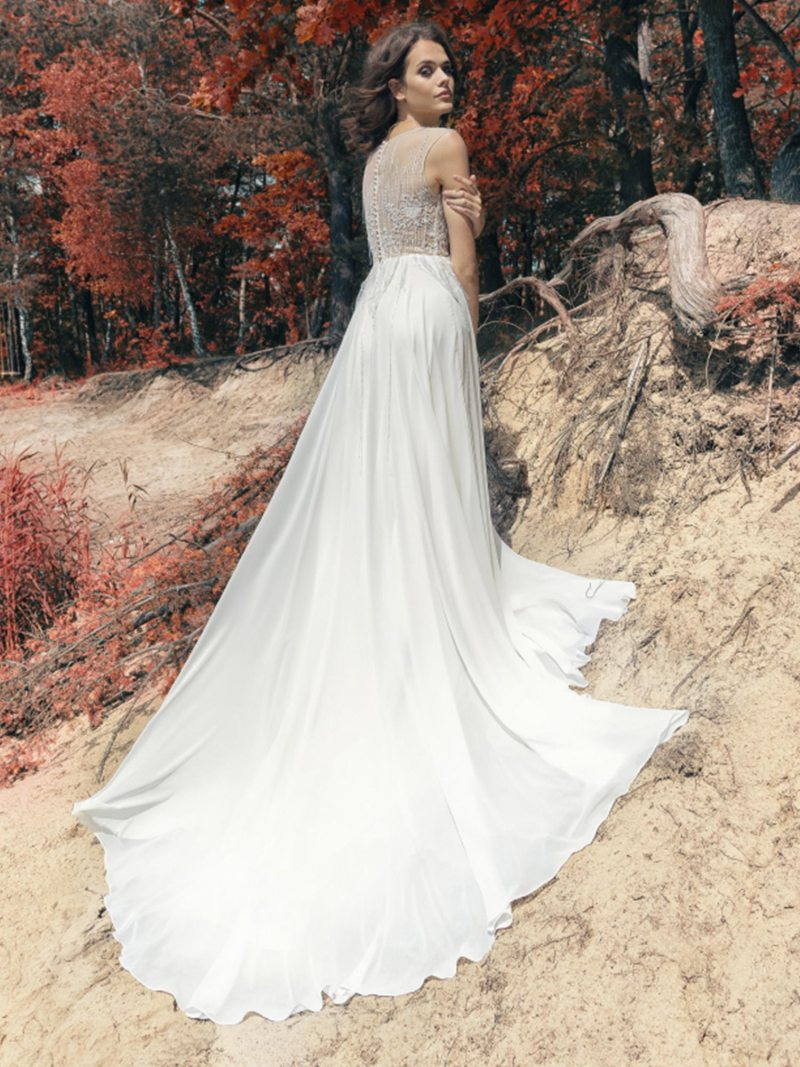 1752L-Wedding-dress-back