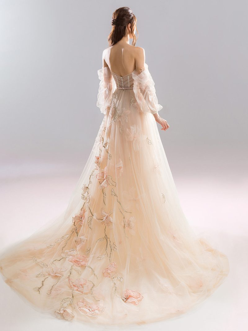 1904L-wedding-dress-back
