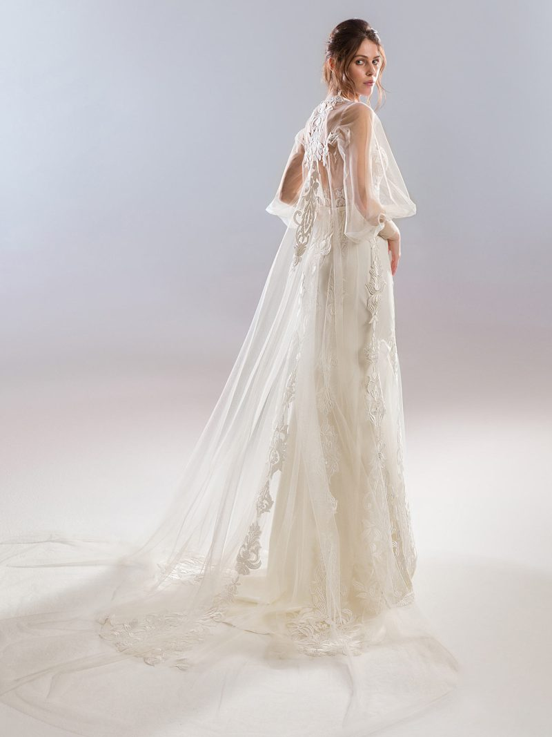 1910L-1910-7-wedding-dress-back