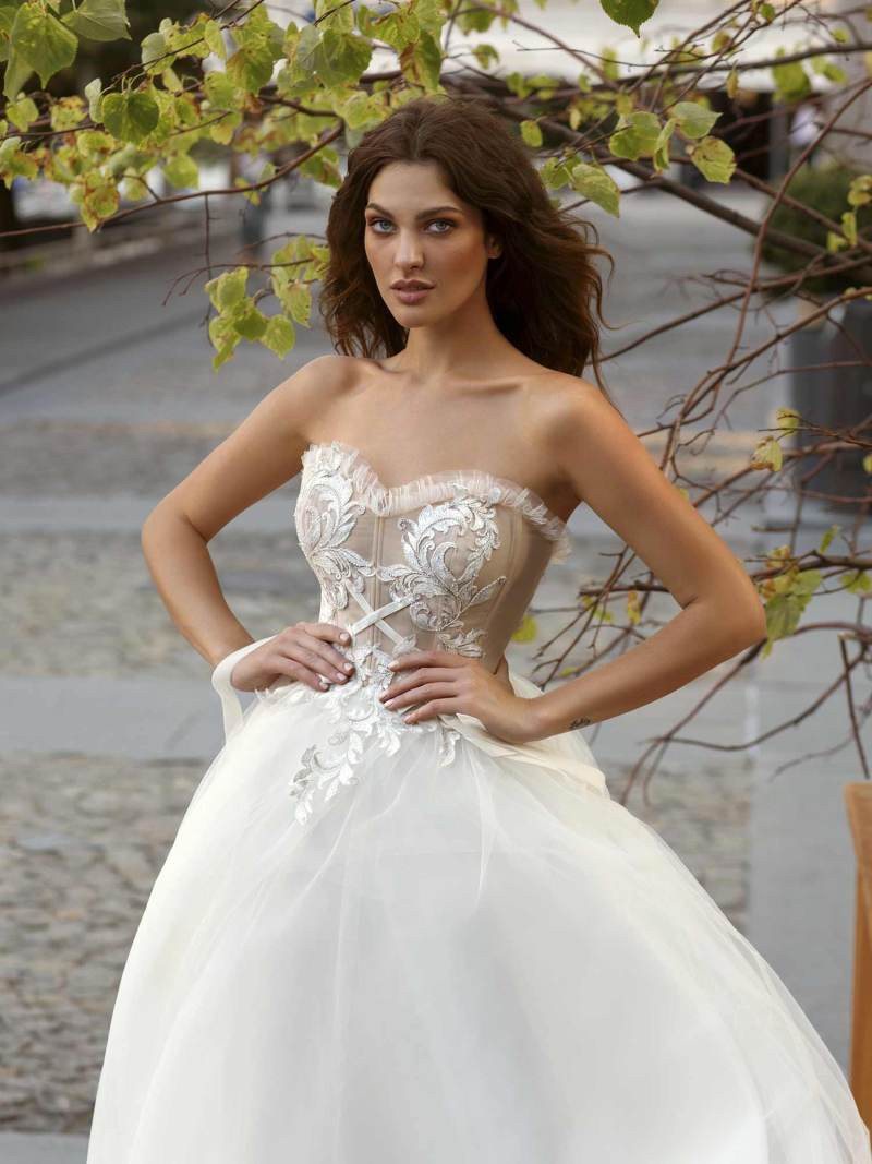 11944-wedding-dress-Papilio