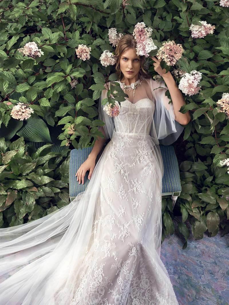 19-2004-2-wedding-dress-Papilio