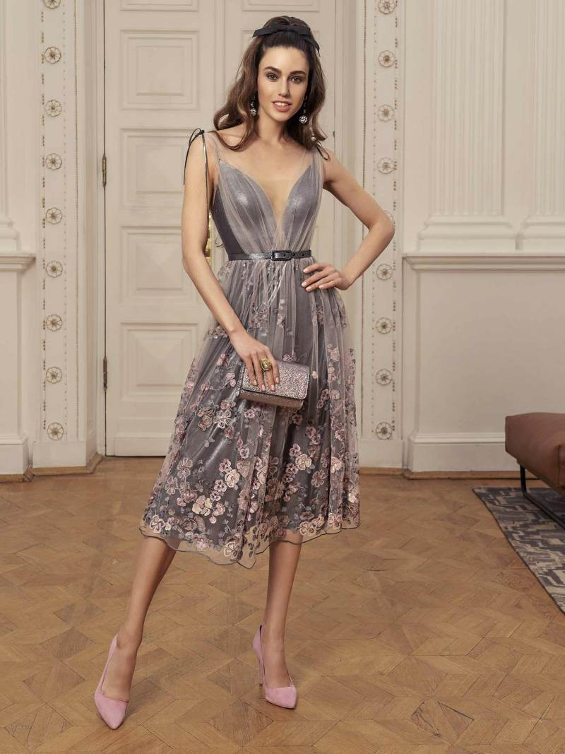Midi dress with plunging neckline and floral embroidery