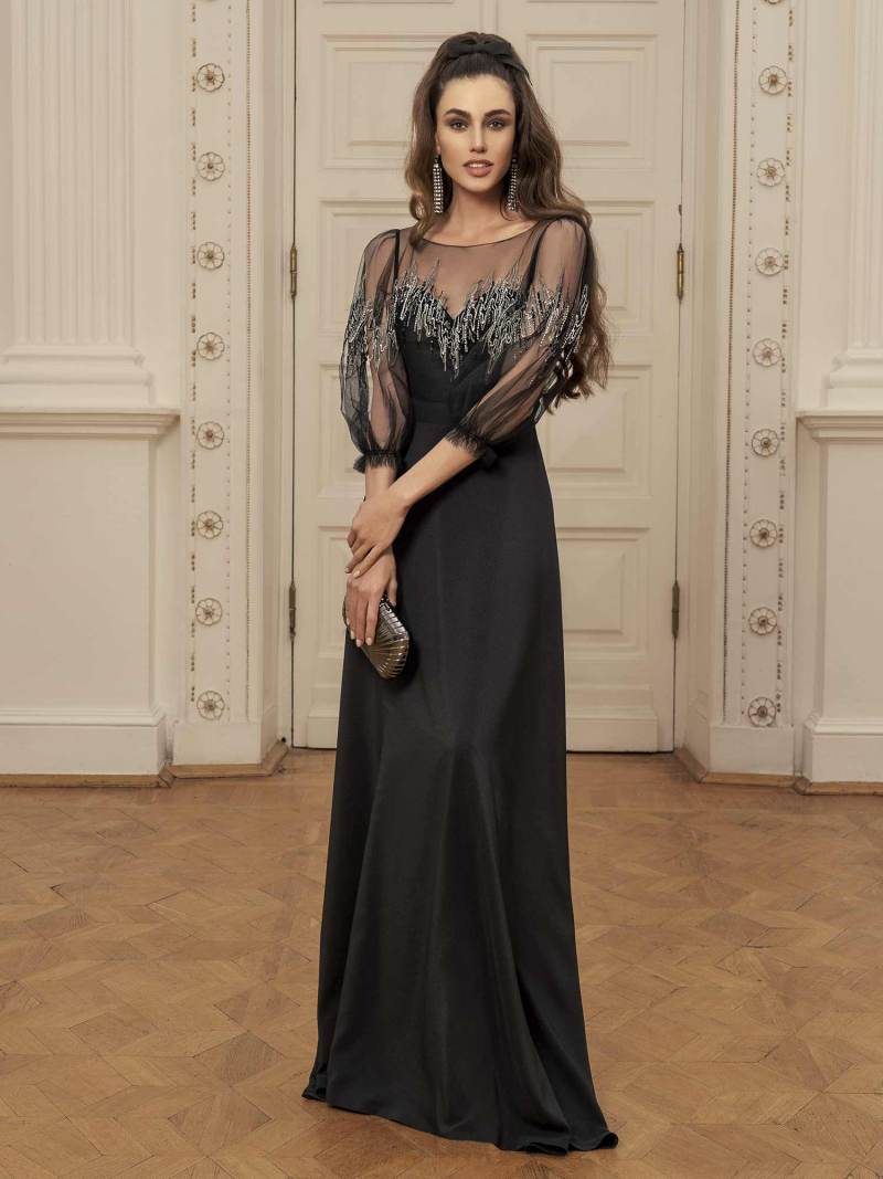 Maxi dress with sweetheart bodice with zig zag embroidery