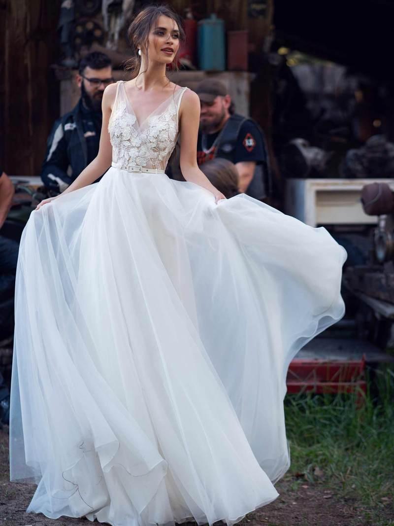 12071-6-wedding-dress
