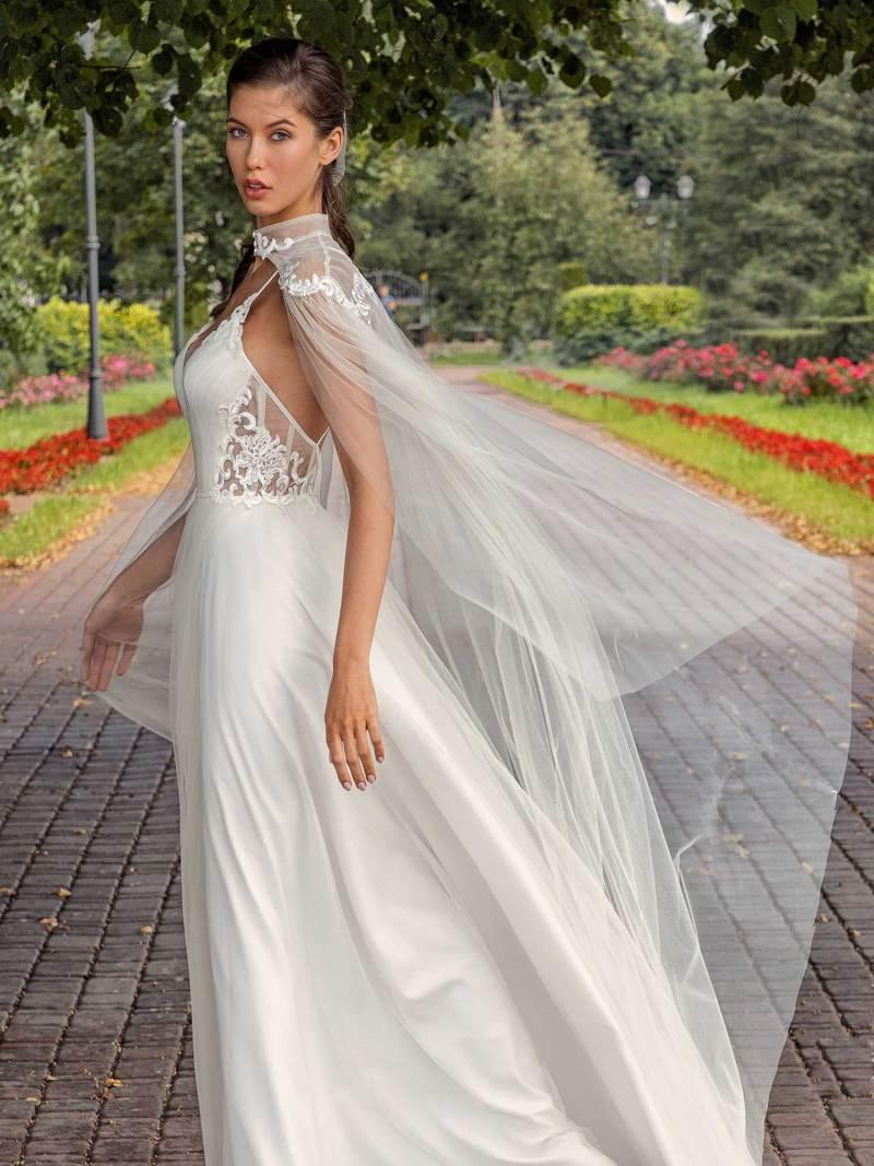 13002-3-unique-wedding-dress-in-Toronto