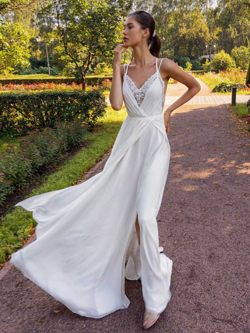 13006-unique-wedding-dress-in-Toronto