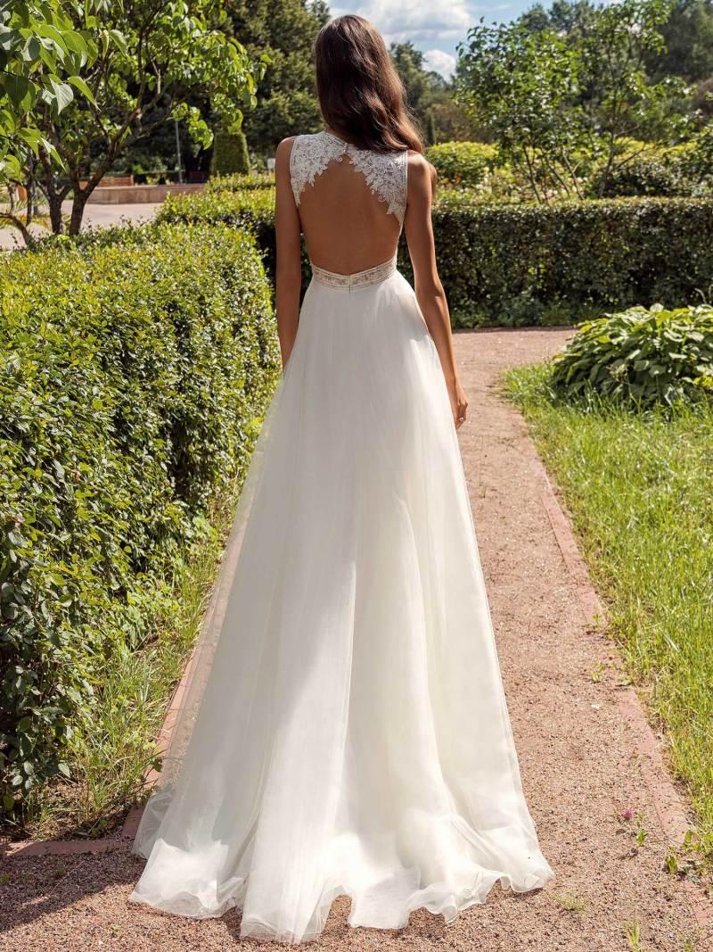 13013a-2-unique-wedding-dress-in-Toronto