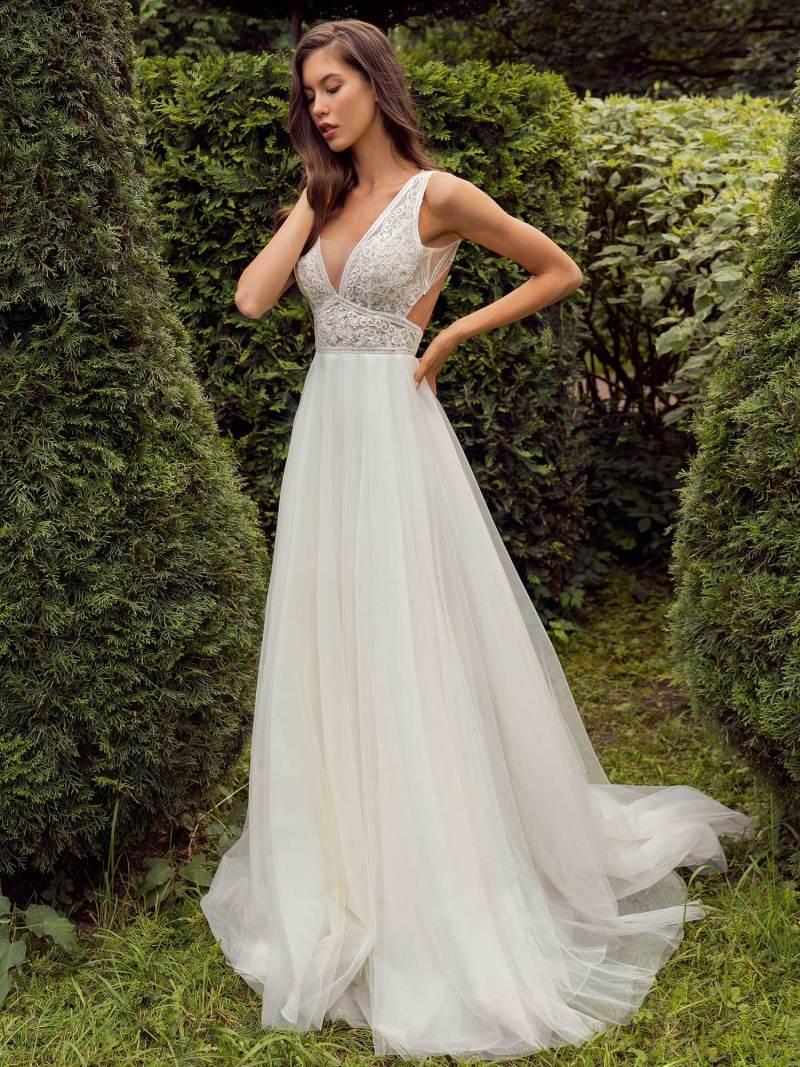 13013a-3-unique-wedding-dress-in-Toronto