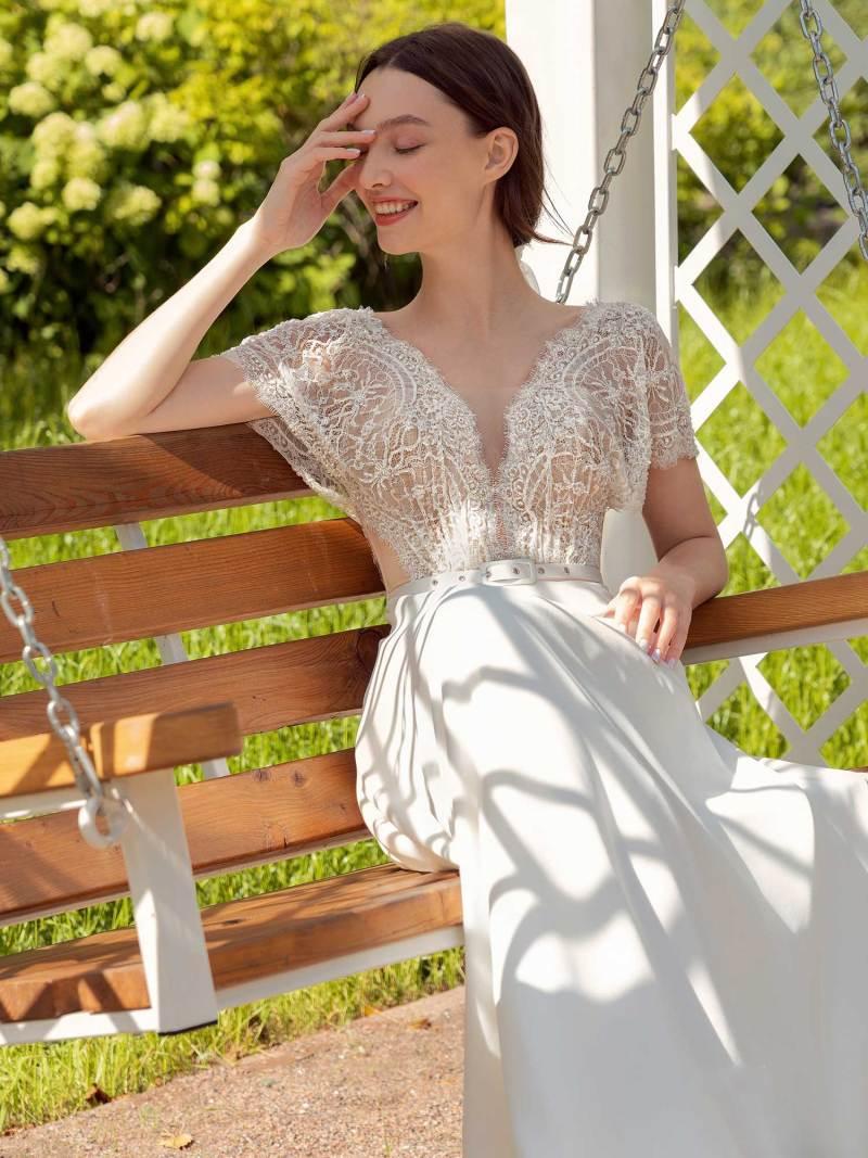 13015-5-unique-wedding-dress-in-Toronto