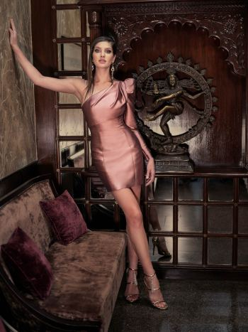 One-sleeve evening gown with detachable skirt