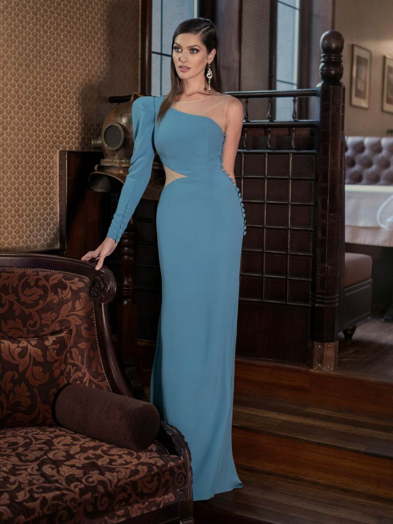 One-sleeve fitted evening gown with button d?cor