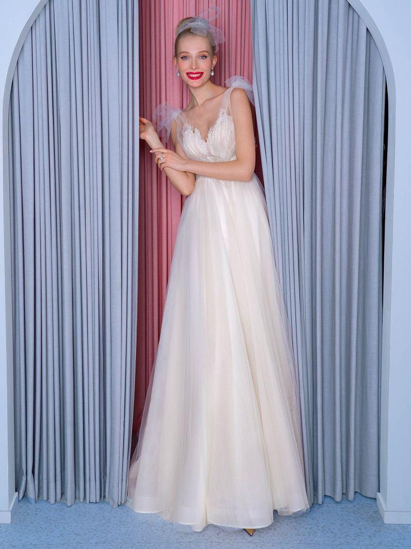 2201L_2_wedding_dress