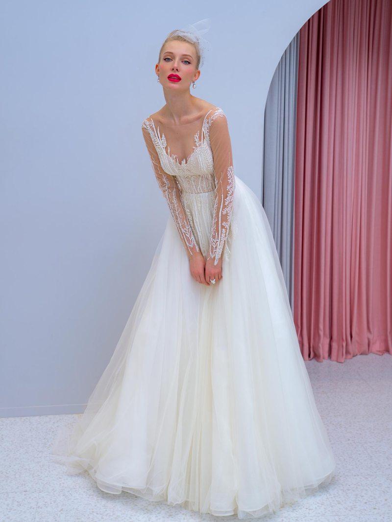 2204L_1_wedding_dress
