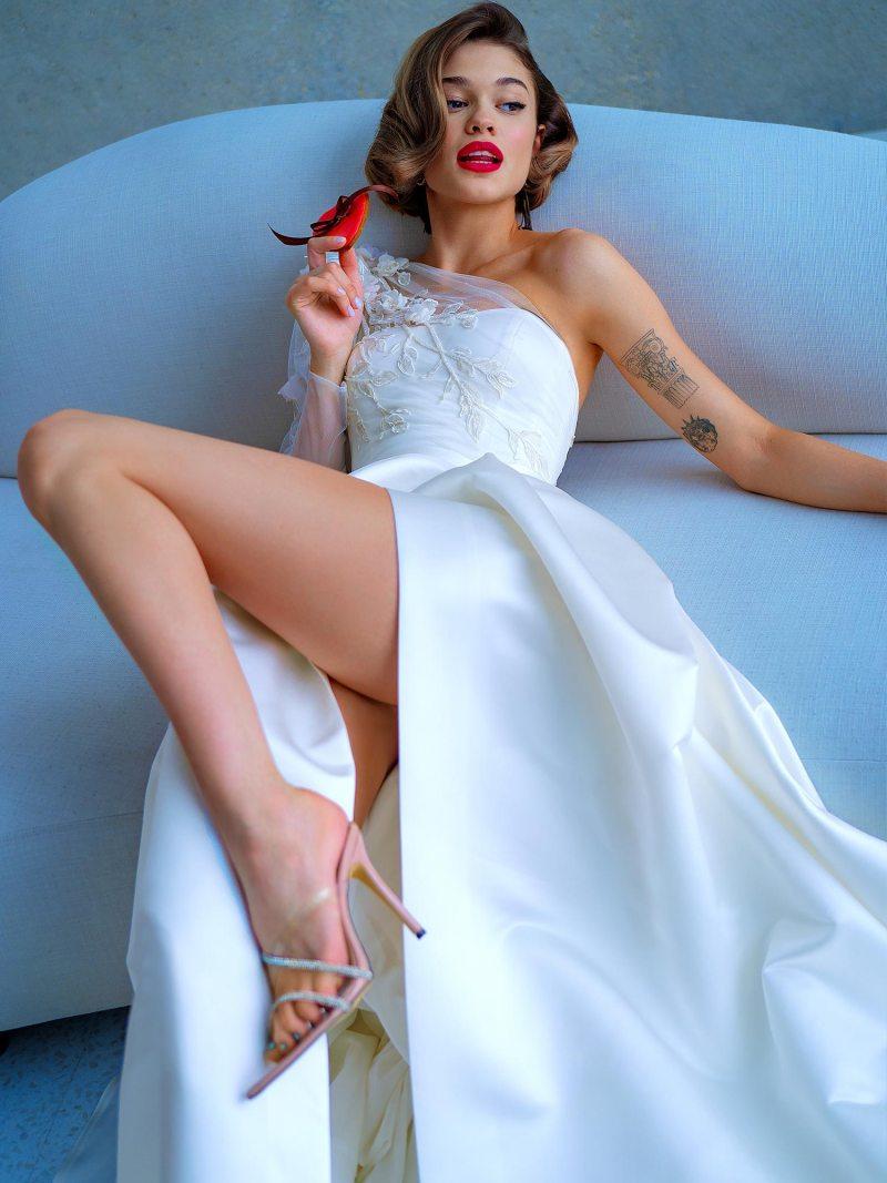 2215L_7_wedding_dress