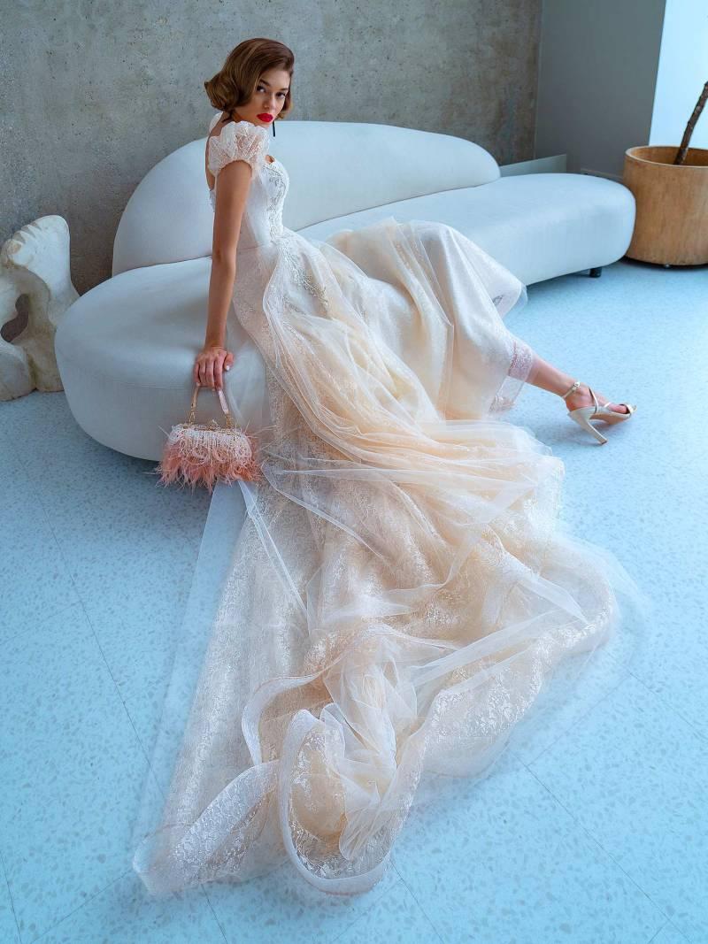 2220L_3_wedding_dress