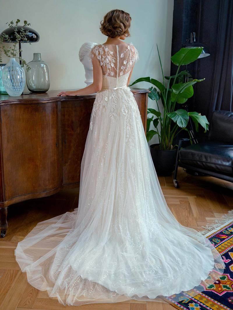 2222_5_wedding_dress