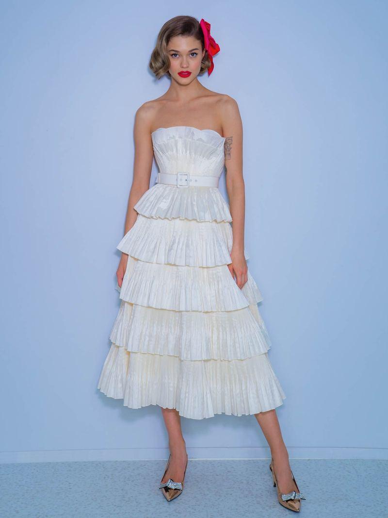 2229a_2_wedding_dress